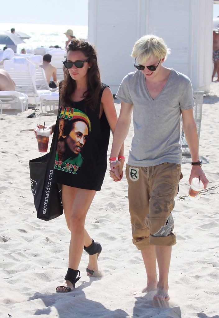 Tom Felton - Tom Felton and Jade Gordon on the Beach