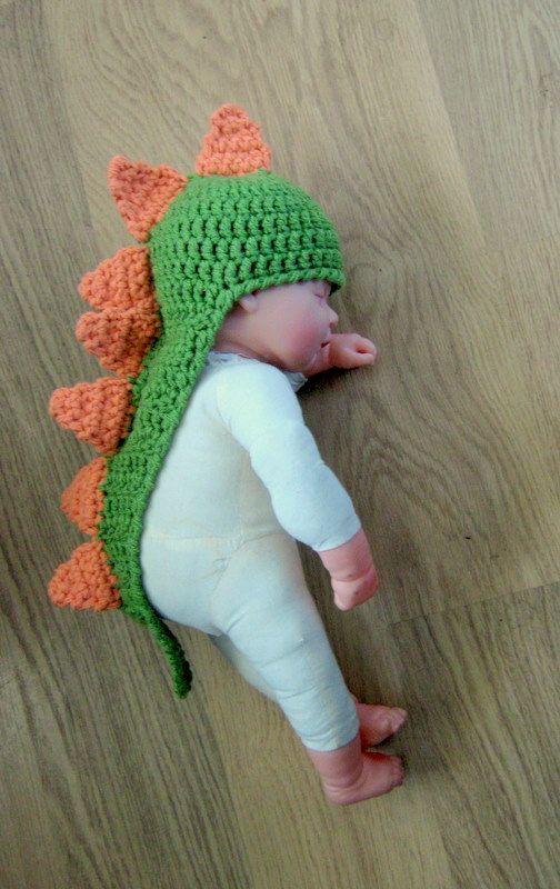 Mamãe, eu sou um dinossauro! #croche #ModaInfantil #CoatsCorrente