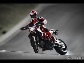 ▶ 2013 Ducati Hypermotard - Nicky Hayden Great Speed Track Test - YouTube