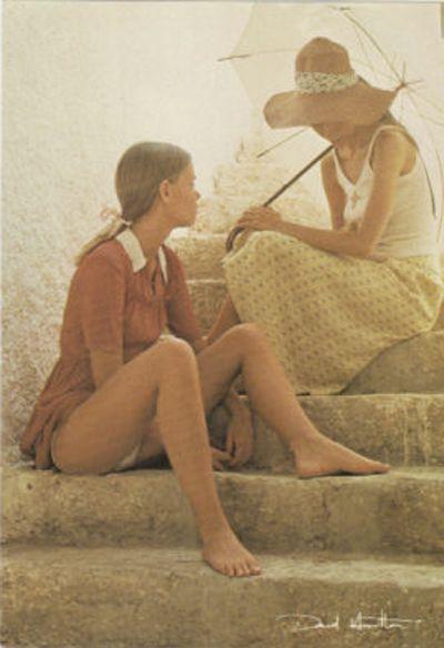 Le travail de David Hamilton est controversé aux USA et en GB, beaucoup moins en Europe continentale. À la fin des années 1990, les conservateurs chrétiens aux États-Unis s'en prirent aux librairies qui avaient en stock des albums de David Hamilton, Sally Mann, et Jock Sturges, dont ils considèrent le travail comme de la « pornographie enfantine ». Hamilton, qui vit à Saint-Tropez, affirme lui que son travail n'a jamais suscité une telle réprobation.