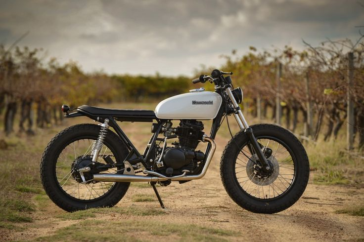 Kawasaki-KZ200-1