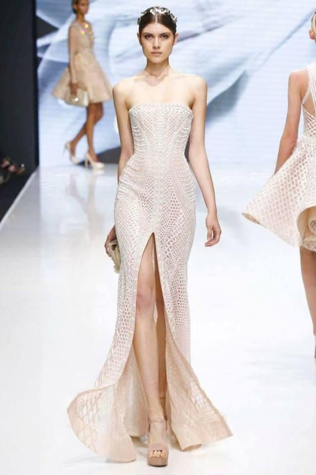 Michael Cinco became the first Filipino designer to present his collection at Paris Fasion Week.