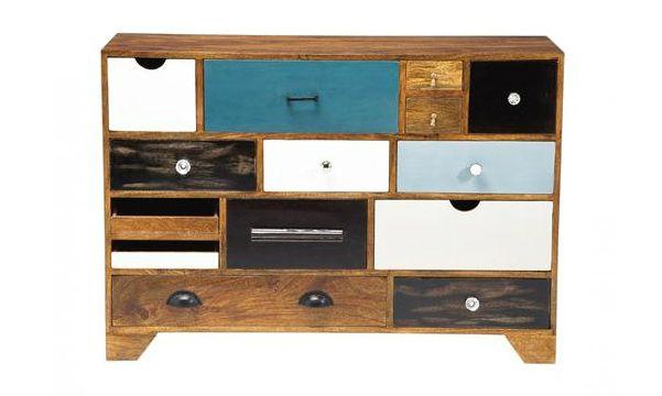 Deze ladekast Malibu van Kare Design brengt een zeer origineel en kleurrijk meubel in je inrichting.
