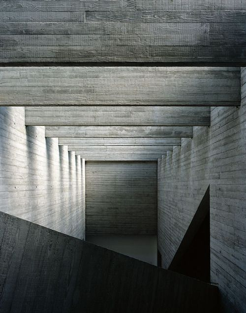 off form Concrete-timber board texture