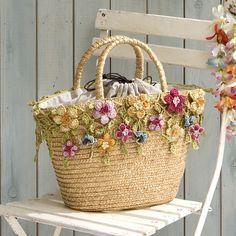 ♥ Cute flower embellished handbag....crocheted flowers #Crochet #CrochetFlowers #handbag