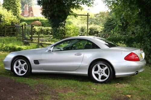 Mercedes SL 350 High spec with Full MB service History (2005) (picture 5 of 6)