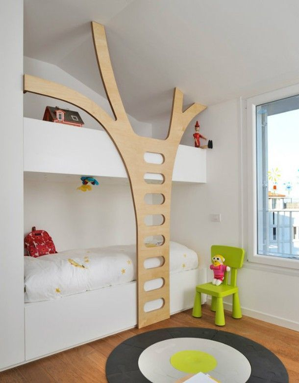 Kinderkamer met bijzondere bedden voor zijn tweetjes
