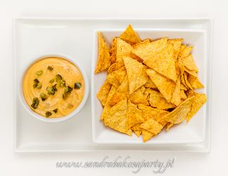 The best nachos cheese dip you will ever try! (translation soon)