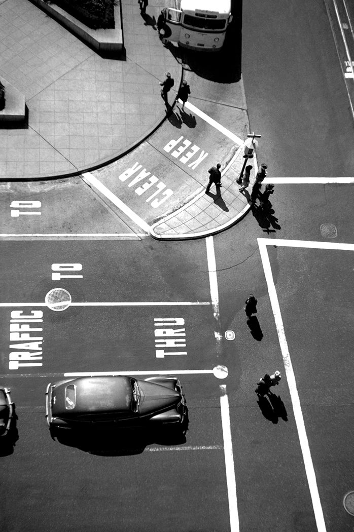 Post and Powell, Union Square, San Francisco, photo by Fred Lyon, 1947.