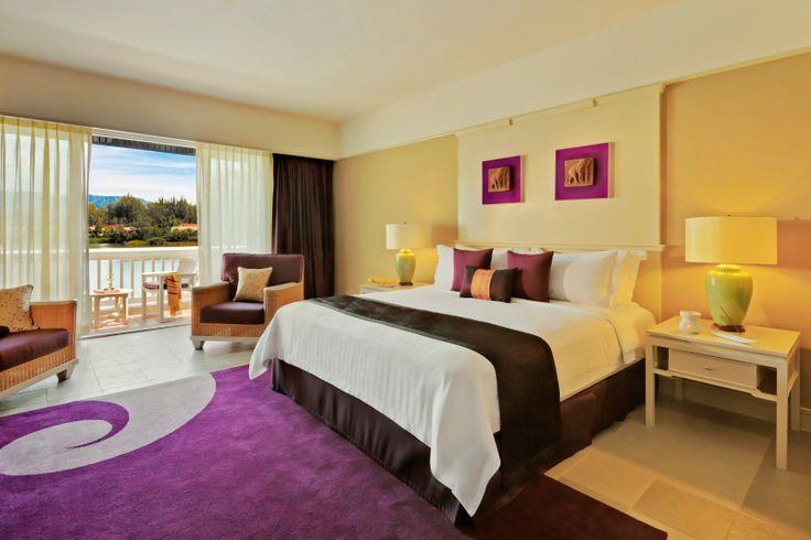 Laguna Room