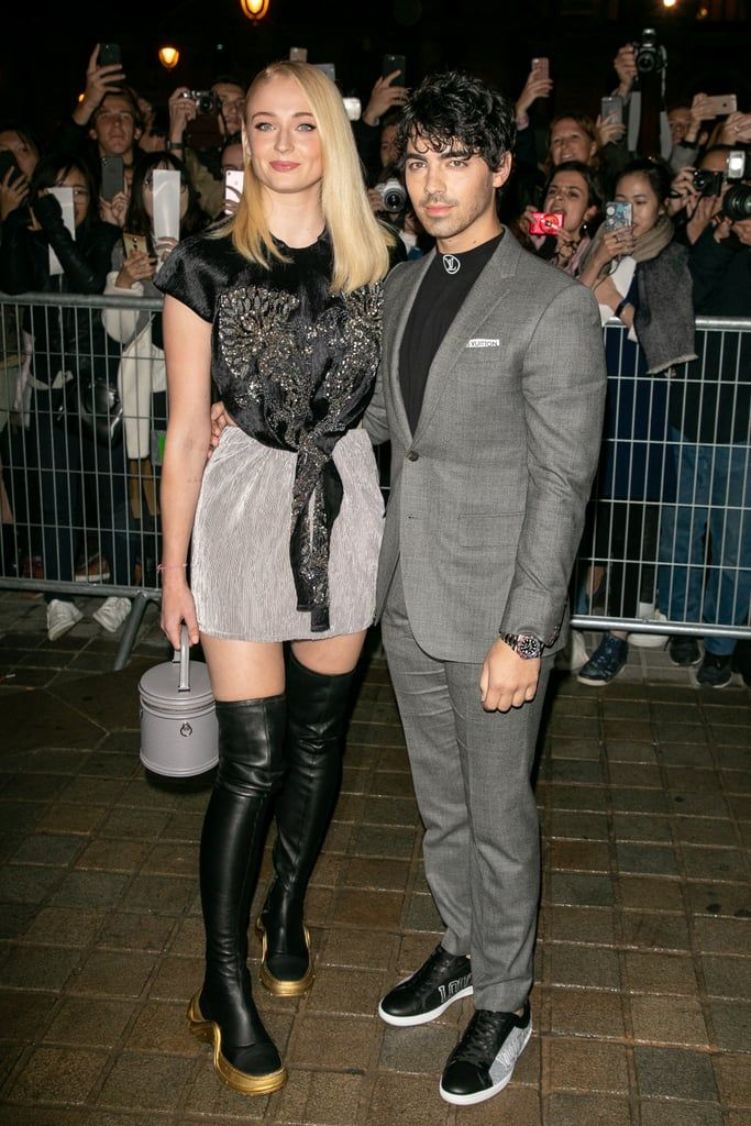 Joe Jonas And Sophie Turner Looked So In Love At Their First Red Carpet Event Together Celebrities Joe Jonas Sophie Turner