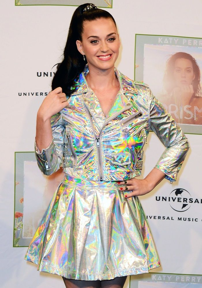 Katy Perry attends a photocall after giving an interview at radio station 1 LIVE on November 15, 2013 in Cologne, Germany