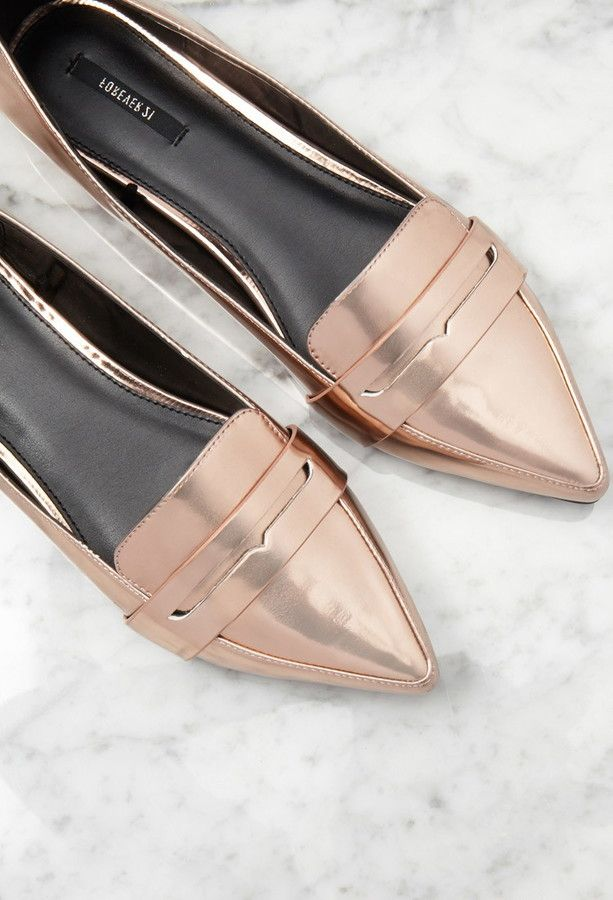 Forever 21 pointed faux leather loafers on ShopStyle. In the beautiful rose gold color that we all love.