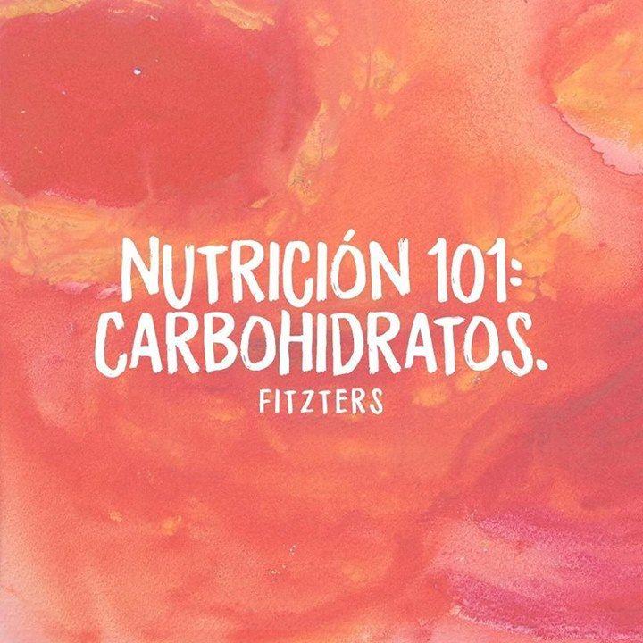 Los carbohidratos son vitales para tu salud por una serie de razones por ejemplo el suministro de energía. Algunos alimentos que son buena fuente de carbohidratos son: 1Avena 2Frutas algunas son mejores que otras por diferentes razones. Los arándanos están en la cima por sus antioxidantes y los plátanos son buenos para consumir después del entrenamiento. La mayoría de las frutas se digieren más rápido que los carbohidratos complejos por lo que son mejores en la mañana o pre y post…