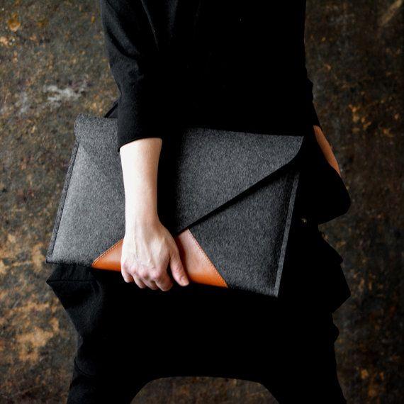 "MacBook 15"" Pro RETINA BESTSELLER case full grain italian leather wool felt pocket zipper fits A4"