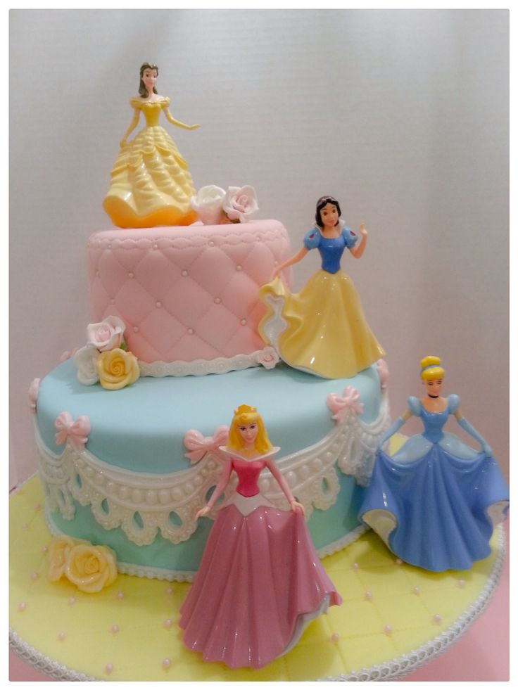 Disney Princesses Cake! Evie s bday party Pinterest ...