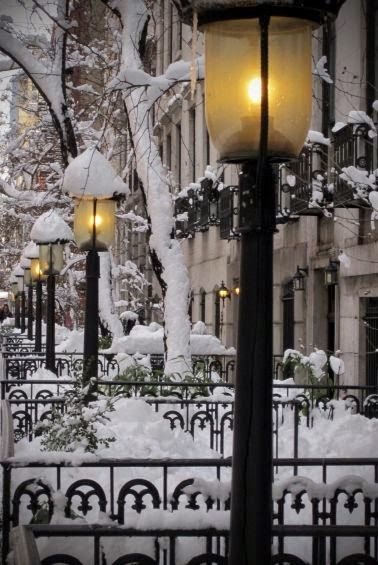 simply vintageous...by Suzan: THIS IS WHAT WINTER LOOKS LIKE