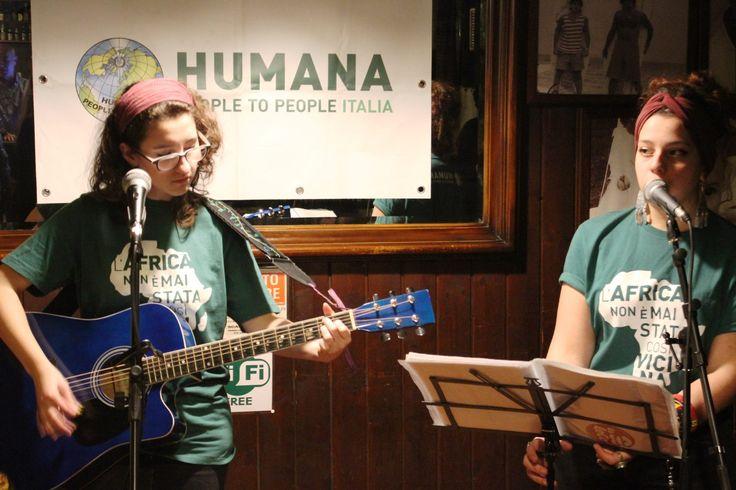 Sabato 22/11: aperitivo solidale...in musica! Con la preziosa collaborazione delle #BeFolk e il contributo dei nostri fantastici #volontari!   Grazie a tutti! #volontariato #peopletopeople #christmas #natale