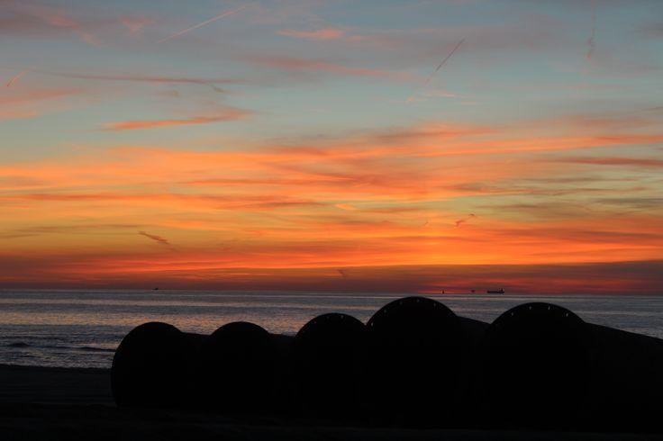zonsondergang bij Kustwerk