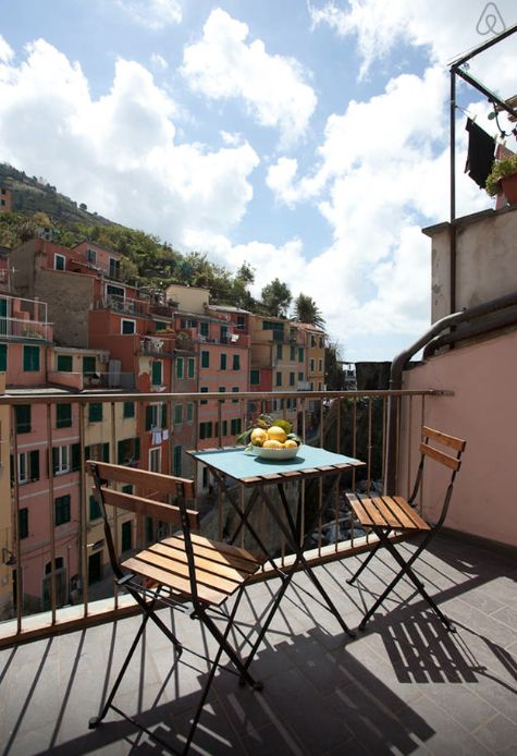 Avec Amour : How to Choose an Airbnb in Cinque Terre, Italy