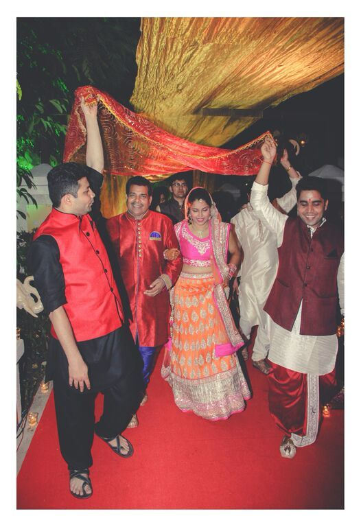 Here comes the bride Sandeep Gadhvi wedding photography Baroda weddingsOnline India