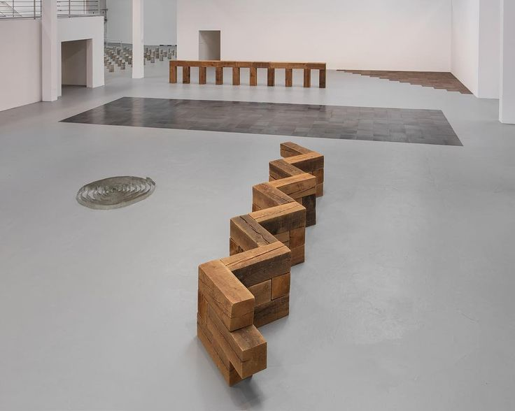 This is the last week to see Carl Andre: Sculpture as Place, 1958–2010 at MOCA Geffen, which closes Monday, July 24. [Installation view of Carl Andre: Sculpture as Place, 1958–2010, April 2–July 24, 2017 at The Geffen Contemporary at MOCA, courtesy of The Museum of Contemporary Art, Los Angeles, photo by Brian Forrest]