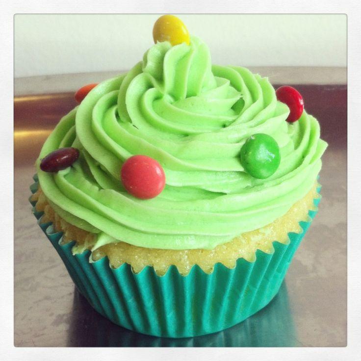 S & M cupcakes: Vanilla Cupcake Christmas Trees