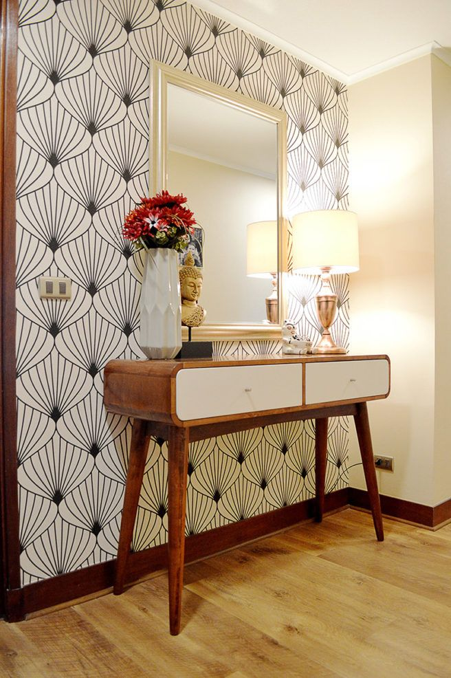 Decoración de recibidor con papel mural