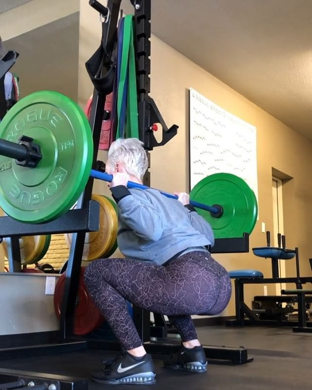 These Squats Have A Lot Of Pauses Swearing Cackling And Flava In Ya Ear I Kept The Sound On So You Could Tr Post Partum Workout Fun Workouts Squats