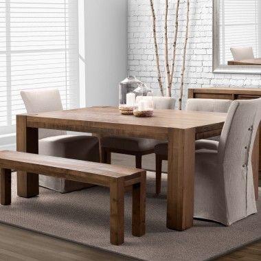 Le design épuré et la finition au rabot de cet ensemble de salle à manger en font le plus parfait exemple du style rustique moderne. Produit canadien.