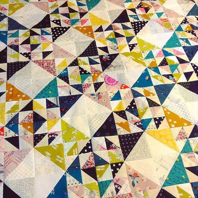 So This Quilt Is Supposed To Have Another Row But Im Gonna Stop Here All These HSTs Are Making Me Cross Eyed Cottonandsteel Patchworkessentials Photo