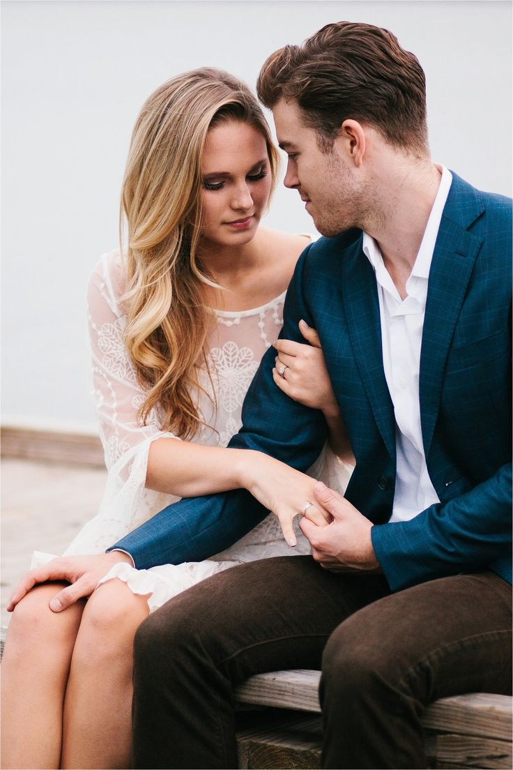 A colorful, urban, romantic, ethereal engagement sesison in Deep Ellum and White Rock Lake _ Images by North Texas Wedding Photographer Rachel Meagan Photography _ 54