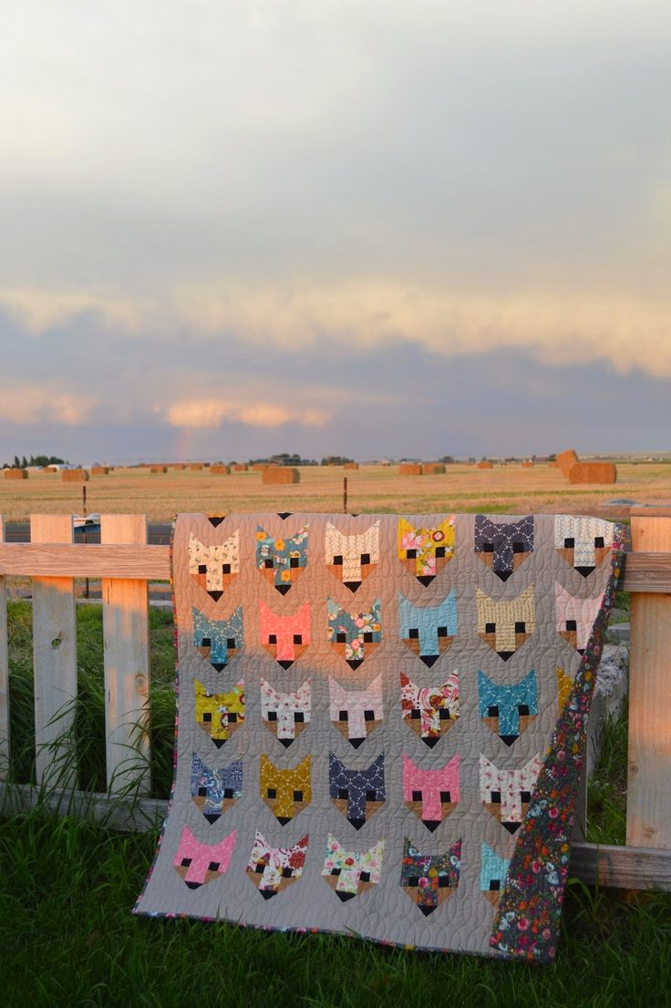 THE QUILT BARN: Fancy Foxes with Emmy Grace