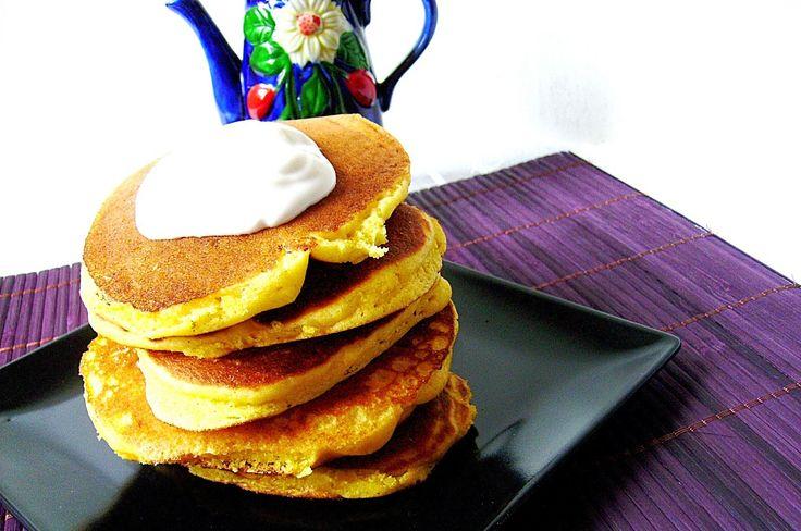 Pancakes cu mălai ~ Bucate, vorbe şi arome