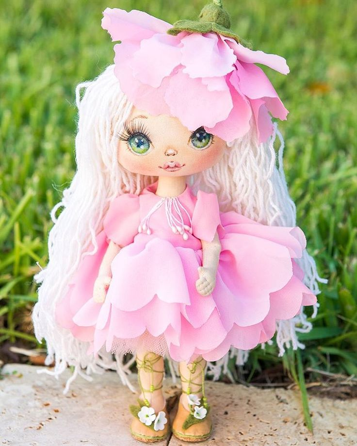 Fairy doll in flower dress. Sold. Куколка нашла дом.  #alicemoonclub #florida #ooak #textiledoll #handmade #fairy #lbts #shorehaven #christmasgifts #dollclothes #heirloom  #customdoll #christmasgiftsideas #doll #gift #gifts #bestgift #artdolls #bestchoice #goodlook #ooak #pink #giftforher #unique #picoftheday #giftideas #christmas  #homedecor