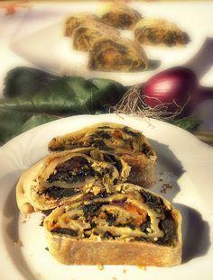 Strudel di verdure autunnali. La ricetta qui: http://www.unavnelpiatto.it/ricette/seconde-portate/strudel-di-verdure-autunnali.php