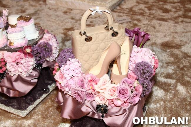 gubahan hantaran kahwin kasut dan beg tangan scha alyahya