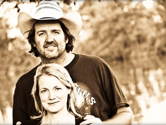 Bruce Robison & Kelly Willis are raising money to produce their new record on Kickstarter...check it out!