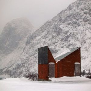 Norvegia, bagno pubblico sulla strada statale isole Lofoten - Design by Manthey Kula Architects