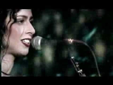Eu só quero que você saiba que estou pensando em você… Sintomas de saudade- Marisa Monte.