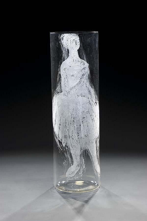 Engraved glass vase, H: 34,0 cm, 1984