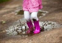 Splashing in Puddles: How to Be a Father to Your Daughter — The Good Men Project