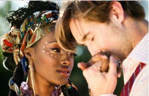 Beautiful mixed race love interracialeroticabooks.com #bwwm #roundandbrown #whitemankissingblackwoman