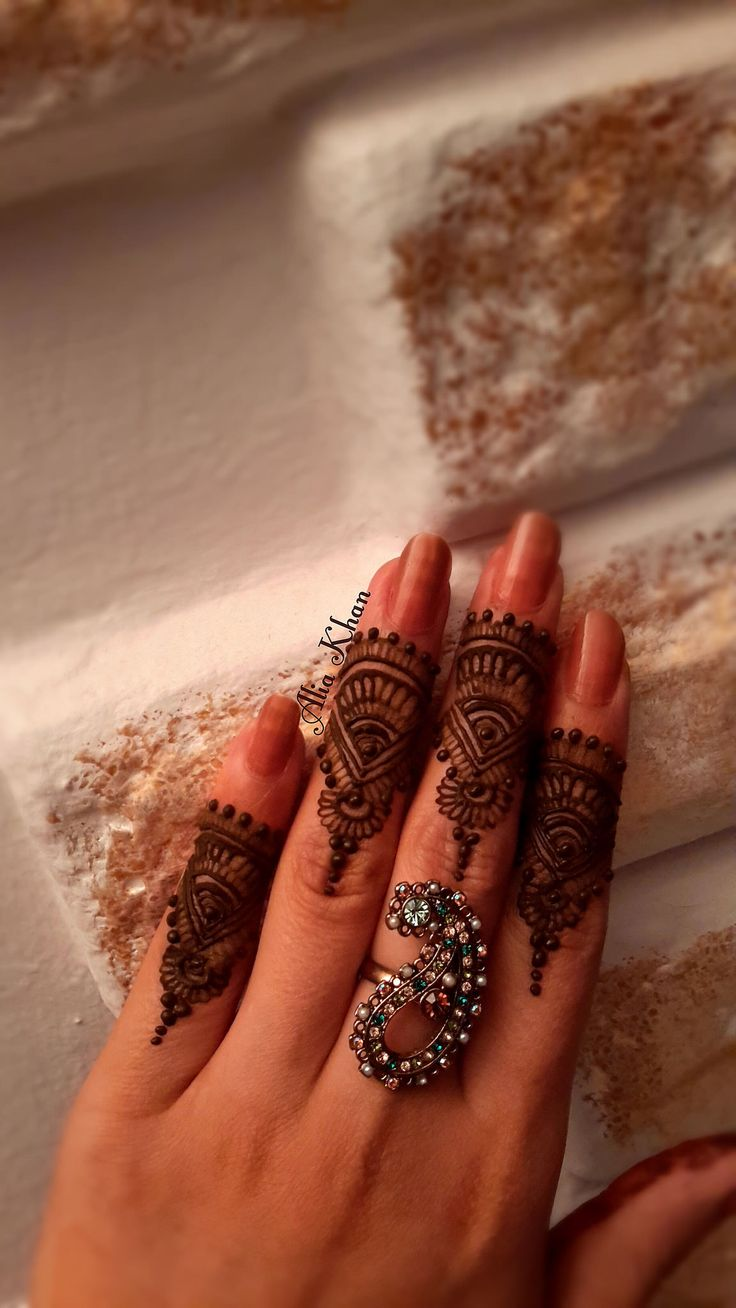 1000 Images About Mehndi Designs Henna Designs On Pinterest
