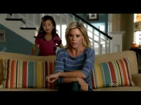 The funniest moment of the night! Modern Family 2012 Emmy Skit - Lily Is A Monster