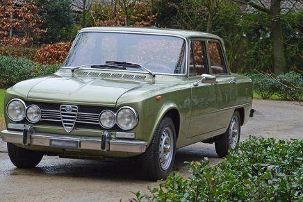 alfa romeo classic cars blue #AlfaRomeoclassiccars