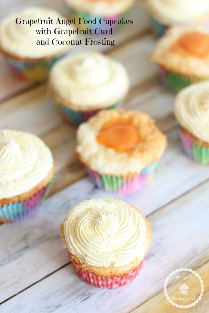 GRAPEFRUIT ANGEL FOOD CUPCAKES WITH GRAPEFRUIT CURD FILLING AND A SUPER LIGHT COCONUT WHIPPED TOPPING! #recipe