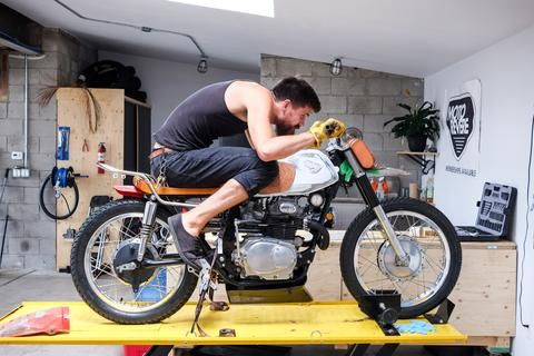 MOTO REVERE, GTA's DIY Motorcycle Garage: Memberships
