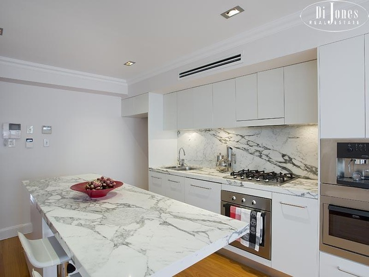 marble splashback | New Kitchen Ideas | Pinterest | Marbles and Benches