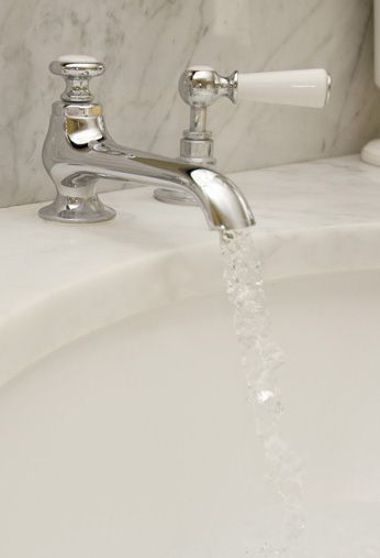 Neptune Bathroom Taps - Neptune Wl1220 Lefroy White Lever Tap With Puw (£395)